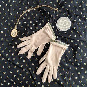 Vintage Wrist Length Gloves